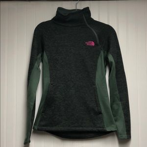 North Face moss colored pullover.